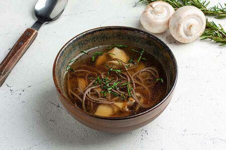 Грибной суп с гречневой лапшой