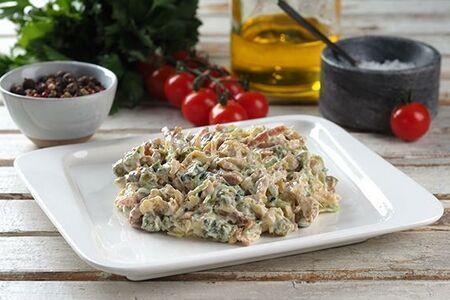 Салат острый с ветчиной и сыром