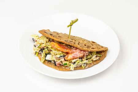 Сэндвич овощной с сыром фета