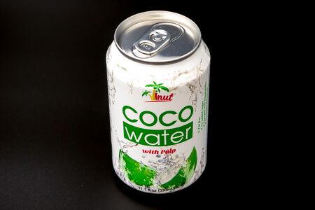 Кокосовая вода Vinut