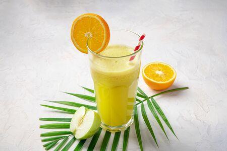 Яблоко-апельсин фреш