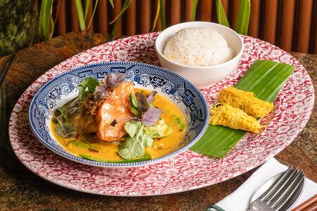 Печеная тыква и тофу в желтом карри