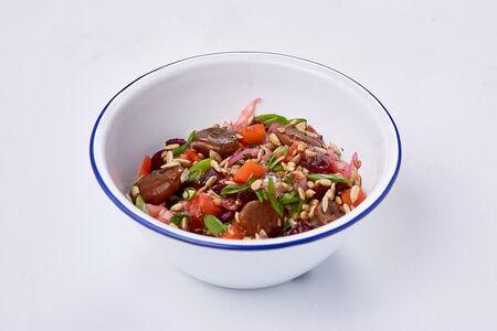 Салат Винегрет с фасолью и рыжиками