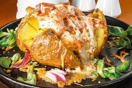 Печеный картофель с ветчиной