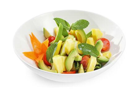 Салат с авокадо и свежим ананасом