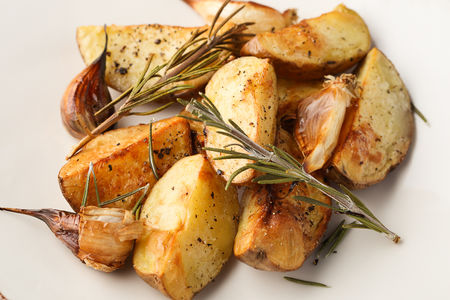 Запеченный картофель с травами