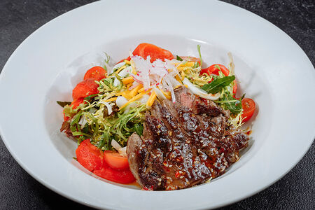 Фирменный салат Биродром