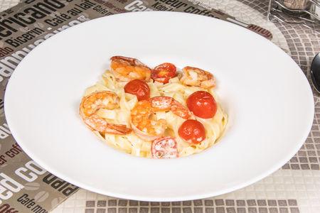 Тальолини с соусом из креветок