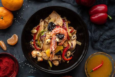 Лапша Медфуна с курицей и креветками