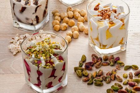 Мороженое Стефани фисташки и вишня