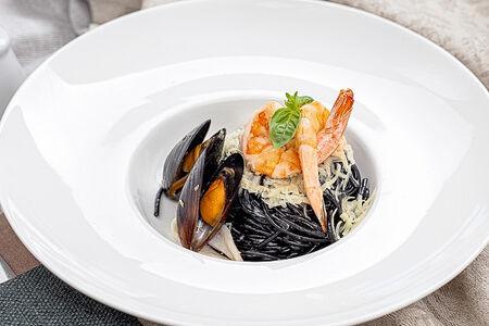 Паста Нери с морепродуктами