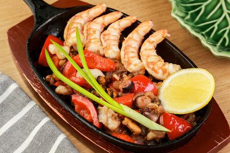 Сковорода морепродуктов
