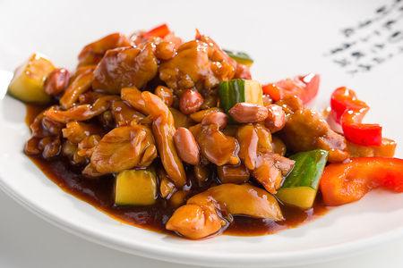 Курица Гунг Бао с арахисом