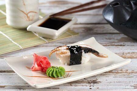 Суши с угрем/ васаби/ имбирь/ соевый соус
