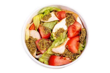 Салат куриный с соусом Песто