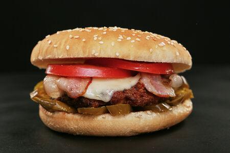 Гамбургер Лютый