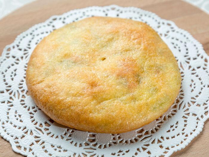 Осетинский пирожок с сыром