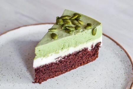Матча-торт с белым шоколадом