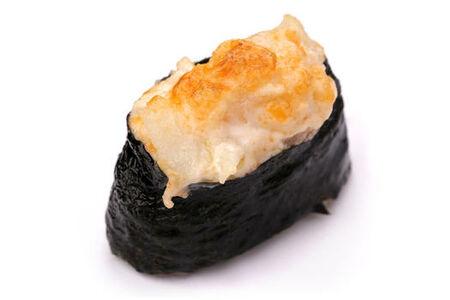 Запеченный гункан с морским гребешком