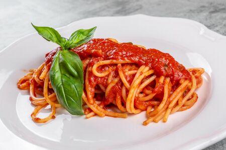 Спагетти Помодоро