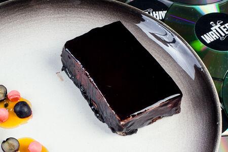 Муссовый торт из белого шоколада