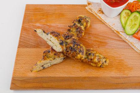 Люля-кебаб из курицы с грибами и сыром