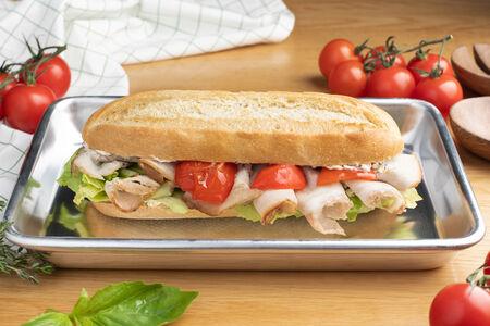 Сэндвич с бужениной и запеченным болгарским перцем