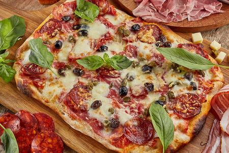 Пицца римская Мясное ассорти