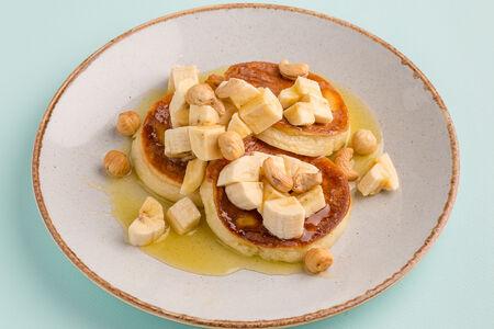 Оладьи с бананом и мёдом
