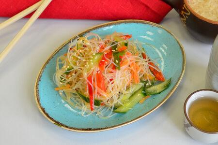 Салат с фунчозой и соевым соусом