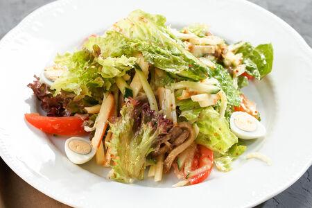 Салат с языком и сыром чечил