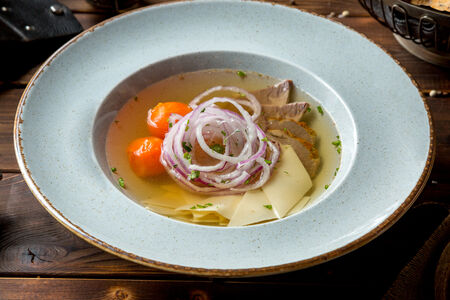Суп Куллама с грудинкой из мраморной говядины