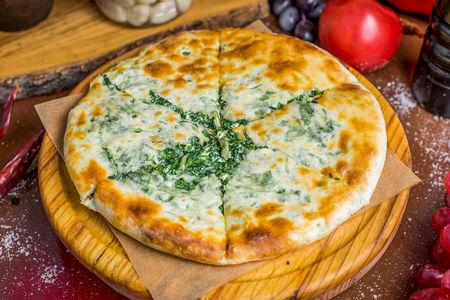 Хачапури с сыром и зеленью