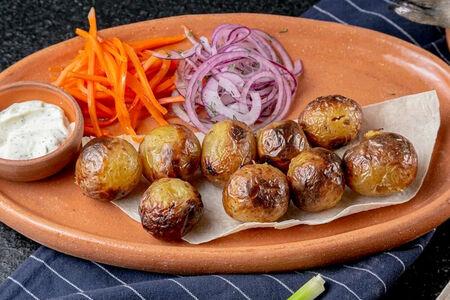 Молодой картофель на магале