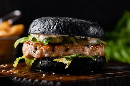 Бургер с тунцом