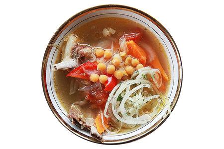 Суп Нухот Шурпа