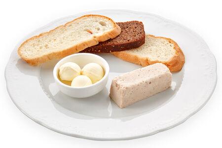 Паштет из кролика с теплым хлебом