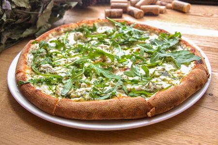 Пицца Поло э песто