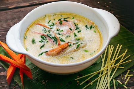 Сливочный суп с морепродуктами