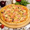 Фото к позиции меню Пицца с грибами и ветчиной