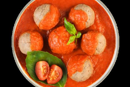 Мясные шарики на пару с томатным соусом