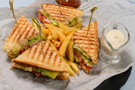Сэндвич Клаб 2020