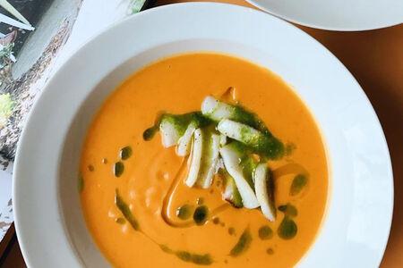 Суп из чечевицы и печеных перцев