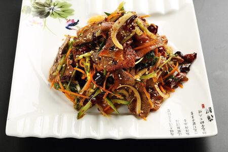 Теплый салат По-сычуаньски