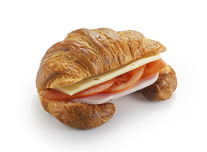 Французский круассан с ветчиной и сыром
