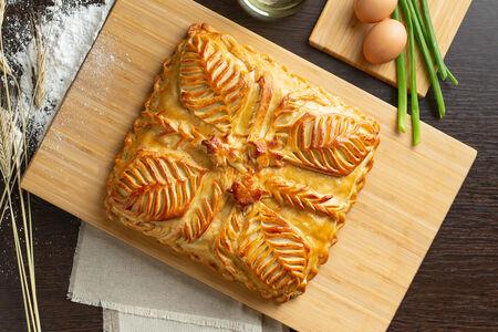 Русский пирог Зеленый лук с яйцом