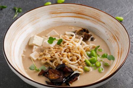 Суп Рамен ореховый с грибами