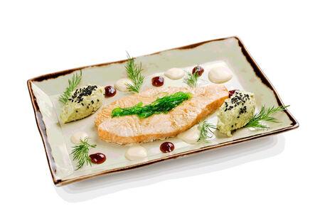 Филе лосося на пару