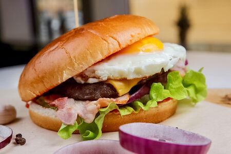Бургер с говядиной Шефбургер