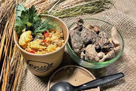 Каша рисовая на кокосовом молоке с цыпленком и шиитаке